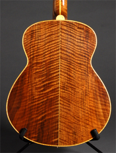 Claro Walnut 12 string guitar for Steve Davison ( www.stevedavison.com )  by Al Carruth www.alcarruthluthier.com USA