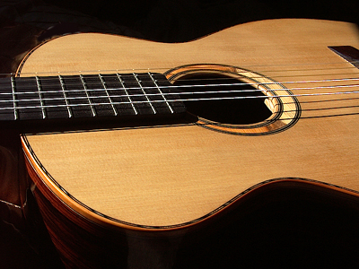 Classical guitar with Cocobolo B&S & Port Orford Cedar top for New Mill Guitars by A.J.Lucas, England